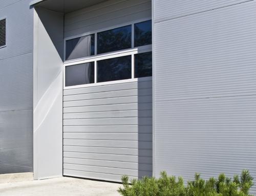 Brama segmentowa MAKROPRO 3000*3460 STL. V RAL.9006 + PANEL ALU
